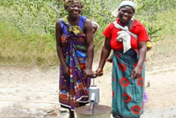 ladies pumping water